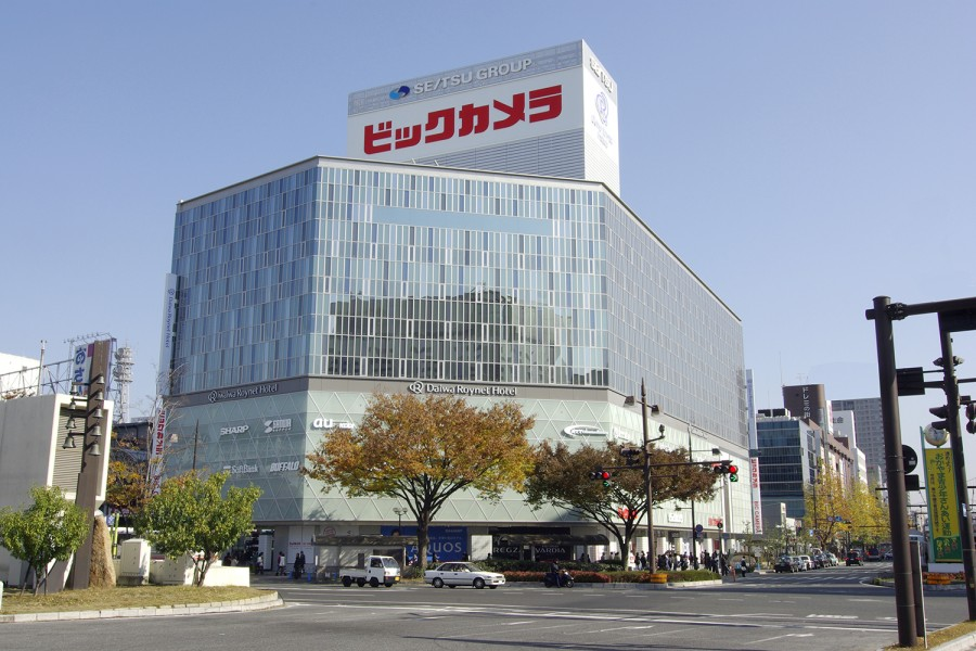 57.ビックカメラ岡山駅前店1