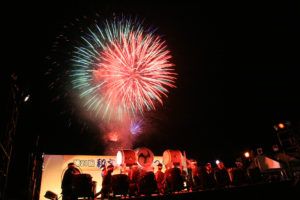 08 Wamoji-yaki Fireworks