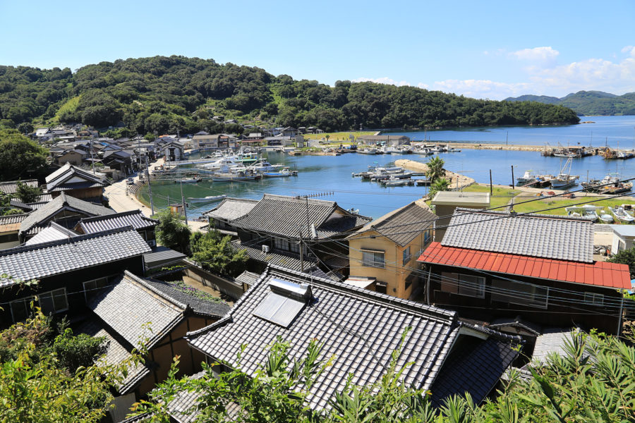 真鍋島(ふるさと村)
